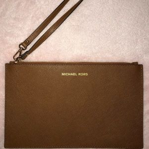 Michael Kors Zipper Pouch